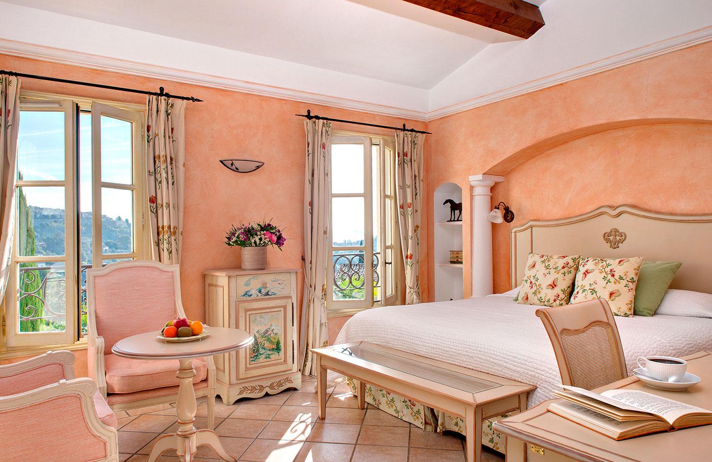 Romantic 4 stars Hotel